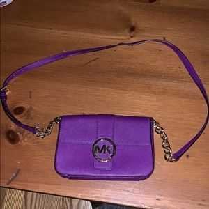 Micheal Kors cross body bag purple New